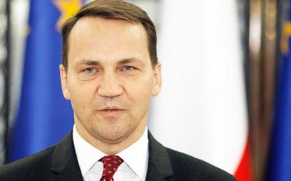 Radosław Sikorski: Polska jest w UE przykładem pieniactwa i prowincjonalizmu