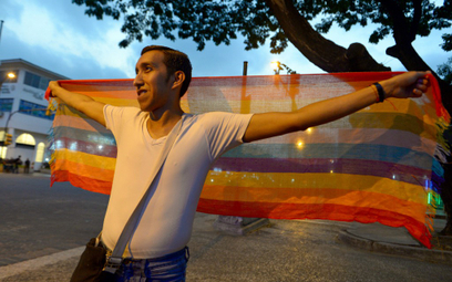 Ekwador: Sąd legalizuje małżeństwa osób tej samej płci