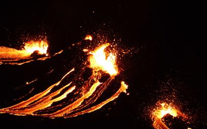Islandia: Erupcja wulkanu po 800 latach uśpienia