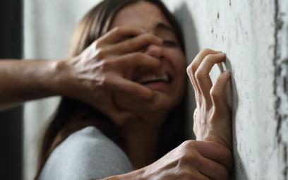 Koronawirus: przemoc domowa nasila się przez COVID-19
