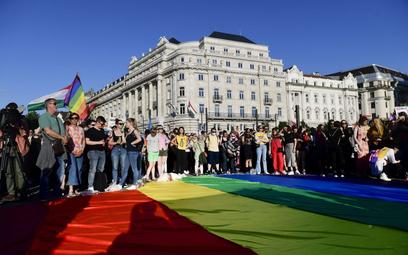 """Węgry: Partia Orbana zakazuje """"promocji homoseksualizmu"""" w szkołach"""