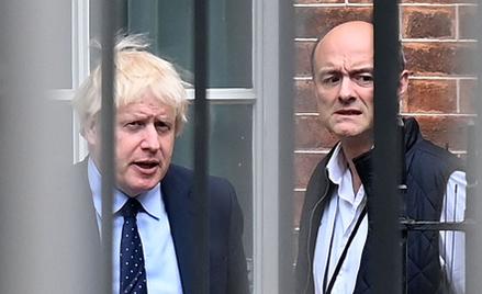 Dominic Cummings (z prawej) w 2019 r., gdy był zaufanym doradcą premiera Borisa Johnsona