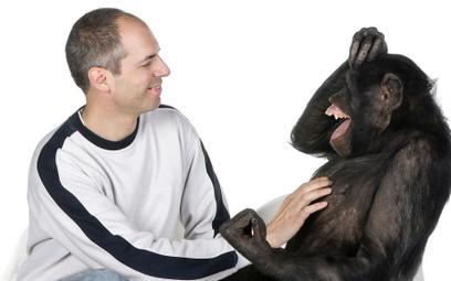 Naukowcy udowodnili: szympansy naśladują ludzi tak samo często jak ludzie naśladują szympansy