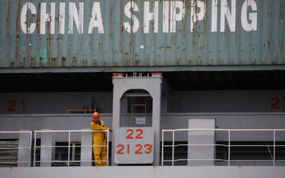 Stany Zjednoczone zwiększają deficyt handlowy