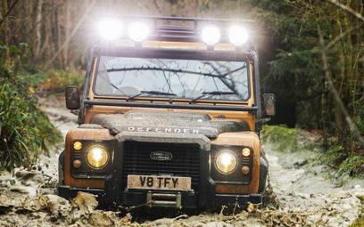 Limitowana seria Land Rovera Defender z silnikiem V8