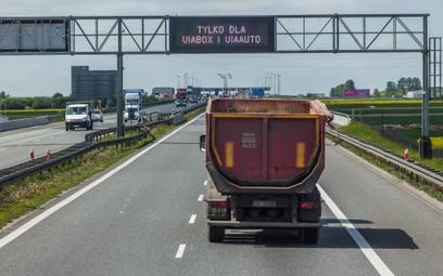 Szef KAS przejmuje pobór opłaty elektronicznej za przejazd po płatnych drogach krajowych