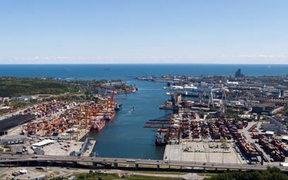 Gdynia zanotowała rekordowe przeładunki w 2020 roku