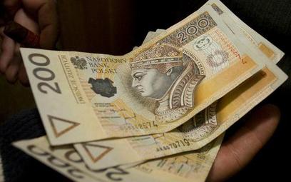 Wypłata odprawy pieniężnej zależy od przyczyny wypowiedzenia angażu