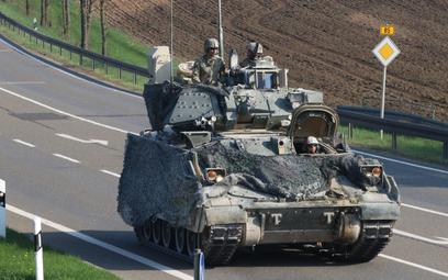 Bojowy wóz piechoty M2A2 Bradley. Fot./US Army.