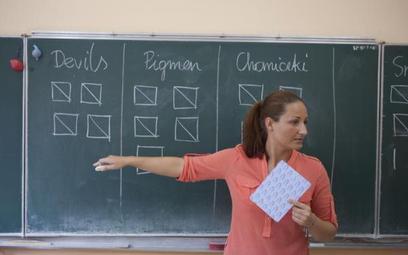Fundusze dla nauczycieli z Europejskiego Funduszu Społecznego umożliwią nauczycielom przekwalifikowa
