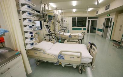 Koronawirus w Polsce: Liczba chorych na COVID w szpitalach nadal rośnie