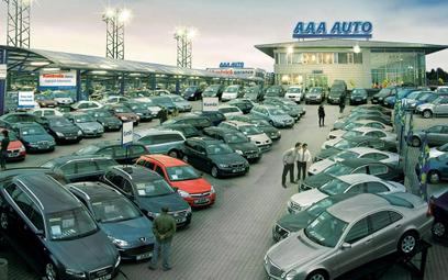 Najszybciej i najwolniej sprzedające się auta używane w Polsce