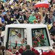 Benedykt XVI odwiedził Polskę w maju 2006 roku. Na zdjęciu w Krakowie