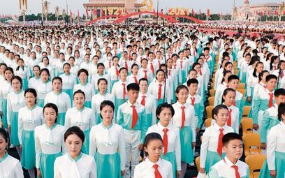Przygotowania do parady z okazji 100-lecia Komunistycznej Partii Chin (KPCh) na placu Tiananmen w Pe