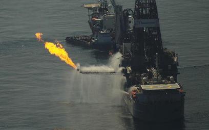 BP płaci pierwsze miliardy dolarów