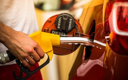 Koniec manipulacji z pomiarem zużycia paliwa