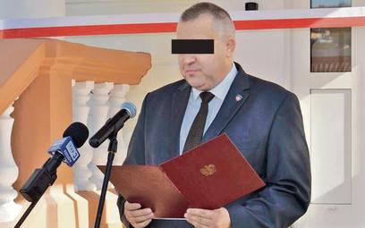 Arkadiusz B. był szefem Krajowej Szkoły Skarbowości. Od stycznia siedzi w areszcie pod zarzutem kier