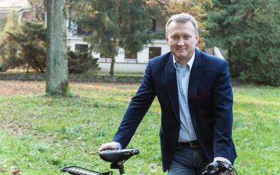 Burmistrz Podkowy Leśnej, Artur Tusiński.
