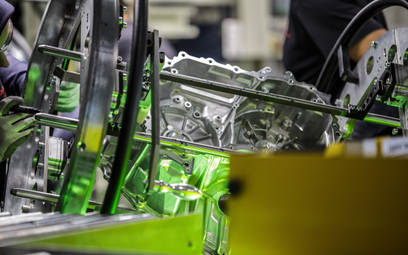 Coraz mniej aut z polskich fabryk, za to silników będzie więcej