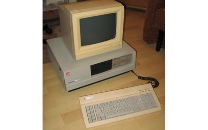 Mazovia 1016 – komputer osobisty produkowany wPolsce przez spółkę Mikrokomputery od 1986 r.