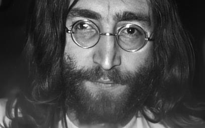"""Zabójca Lennona po latach przeprasza. """"Też chciałem być sławny"""""""