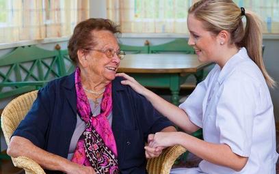 NIK o świadczeniu pomocy osobom starszym