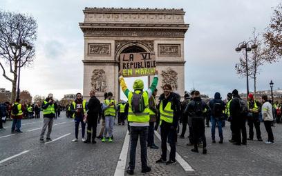 Żółte kamizelki hamują francuską gospodarkę