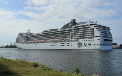 Włosko-szwajcarski organizator wycieczek morskich MSC Cruise potwierdził zamówienie 4 gigantycznych statków wycieczkowych