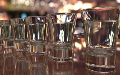 Przez koronawirusa spadną zyski alkoholowych gigantów?