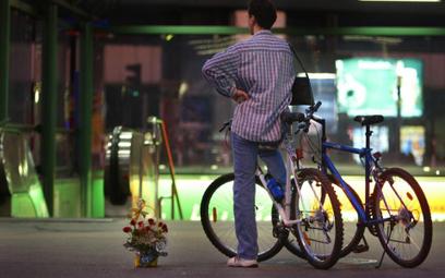 Zniosą zakaz przebywania na obszarze kolejowym dla rowerzystów bez biletu