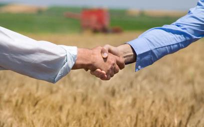 Kupno ziemi rolnej przez osoby nie będące rolnikami będzie łatwiejsze