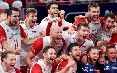 Radość polskich siatkarzy po wygranym ćwierćfinale z Rosją