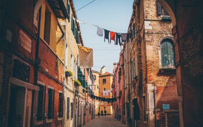 Domy za 1 euro na południu Włoch: gdzie tkwi haczyk?