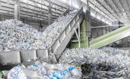 Osiągnięcie poziomu 30 proc. recyklatu w opakowaniach wymagać będzie nowego, systemowego myślenia, z