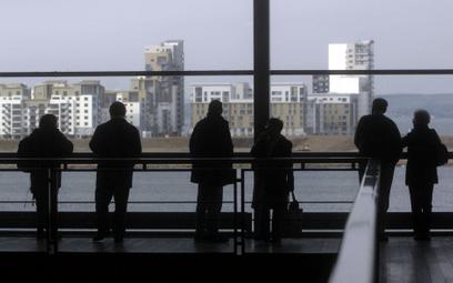 Prawie połowa młodych Polaków chce emigrować