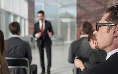 Wydatki na studia w kosztach przy zawieszeniu działalności - interpretacja podatkowa