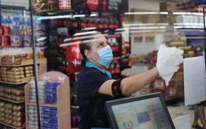 Kwarantanna daje pracę sprzedawcom i informatykom