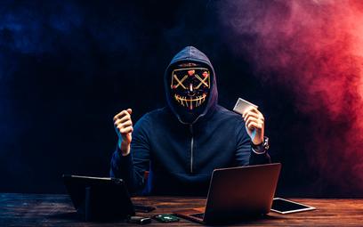 Hakerzy to coraz większa zmora wielu firm, także tych mniejszych.