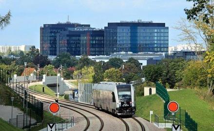 Kompleks Alchemia w Gdańsku - widok od strony kolei metropolitarnej