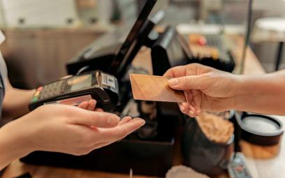 """Debata """"Rzeczpospolitej"""": Popularność płatności elektronicznych dynamicznie rośnie"""