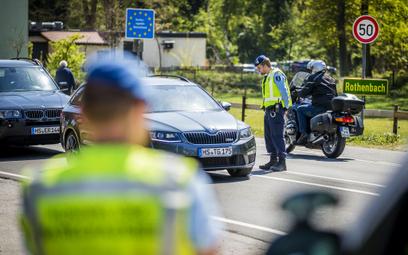 Niemcy: Zakaz wyjazdów przedłużony do połowy czerwca