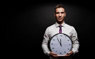 Nadgodziny: kiedy pracownik pracuje ponad wymiar