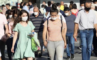 Dlaczego nie opanowaliśmy epidemii?