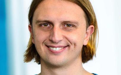 Założyciel firmy Revolut Nik Storonsk: Z popiołów powstały innowacyjne startupy