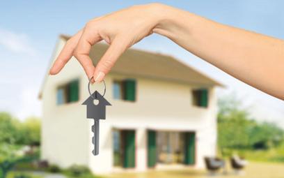 Miliardy w gotówce płyną na zakupy mieszkań