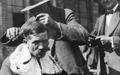 Wirtualna asystentka u fryzjera