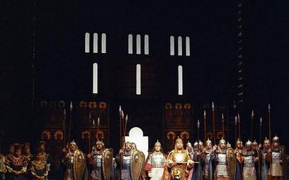 """""""Kniaź Igor"""", reżyseria Laco Adamik, scenografia Barbara Kędzierska, Teatr Wielki w Warszawie, 1989"""