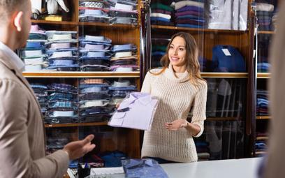 Rynek pracownika w handlu. Brakuje rąk do pracy w sklepach