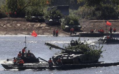 Japonia: Chiny rozbudowują armię, nie znamy ich intencji