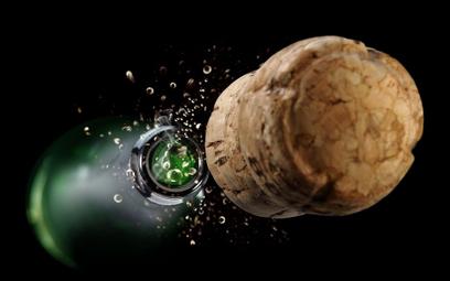 Finlandia: 200-letni szampan nie nadaje się do picia